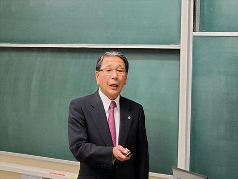 山口かつさん_R.jpg